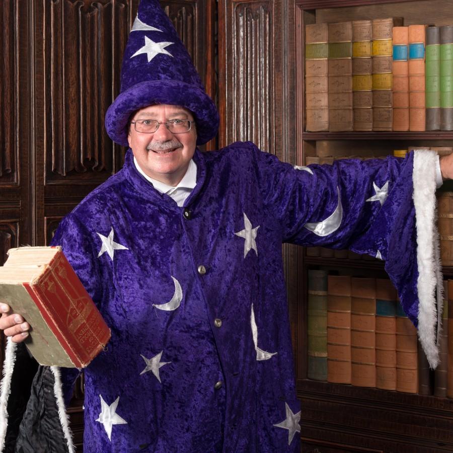 Magic Bob's Wizard show See www.magic-bob.com