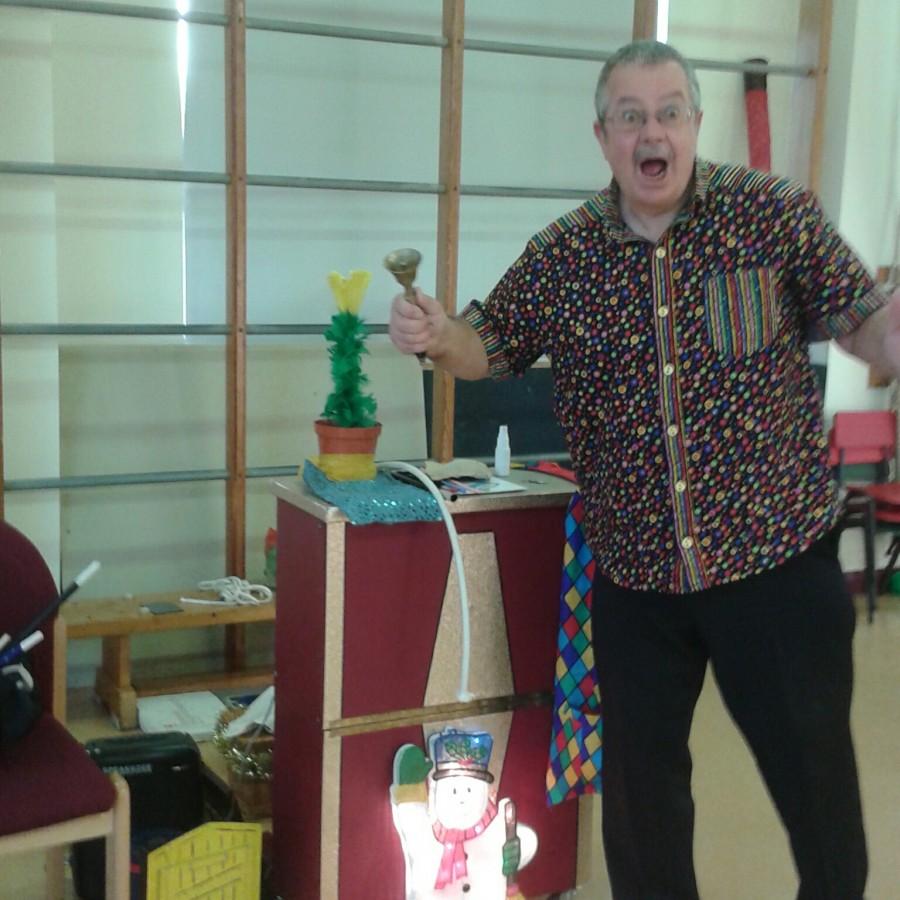 Magic bob at toms Birthday Party