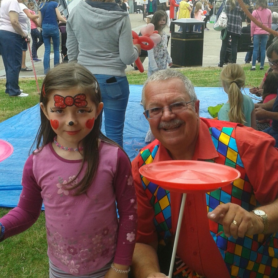 Children's entertainer Magic bob in Redditch